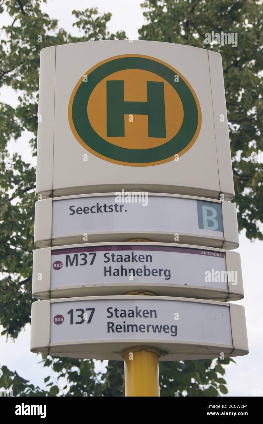 BVG-Haltestelle Seecktstraße Stock Photo