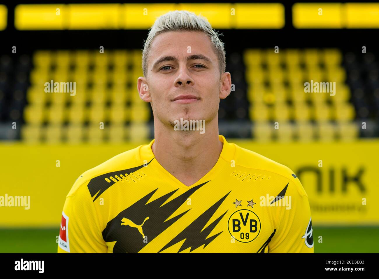 Team photo Borussia Dortmund, season 2020/2021, Thorgan Hazard ...