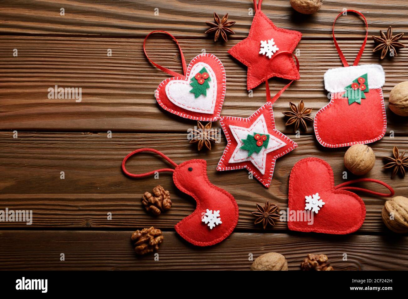 Handmade Rustic Christmas Tree Decorations With Walnuts And Cones On Wooden Table Stock Photo Alamy
