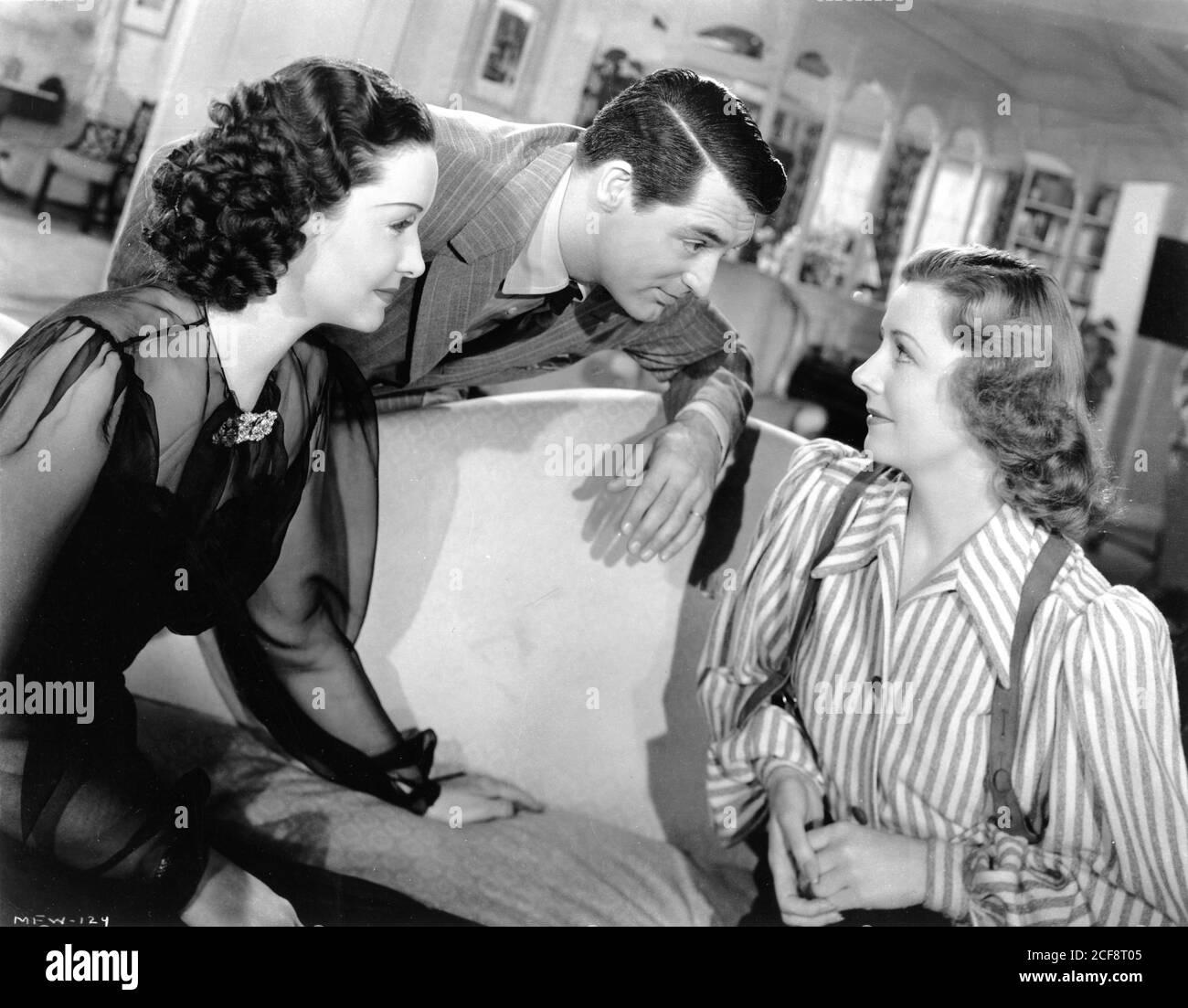 GAIL PATRICK CARY GRANT and IRENE DUNNE in MY FAVORITE WIFE 1940 director  GARSON KANIN producer LEO McCAREY RKO Radio Pictures Stock Photo - Alamy