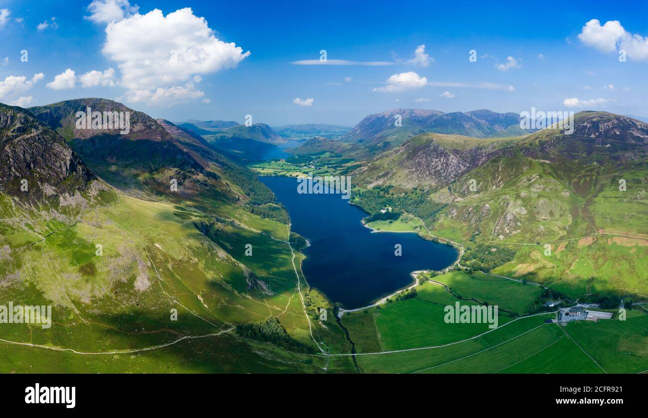 Panoramic aerial view of a beautiful lake and narrow valley (Buttermere, Lake District, England) Stock Photo