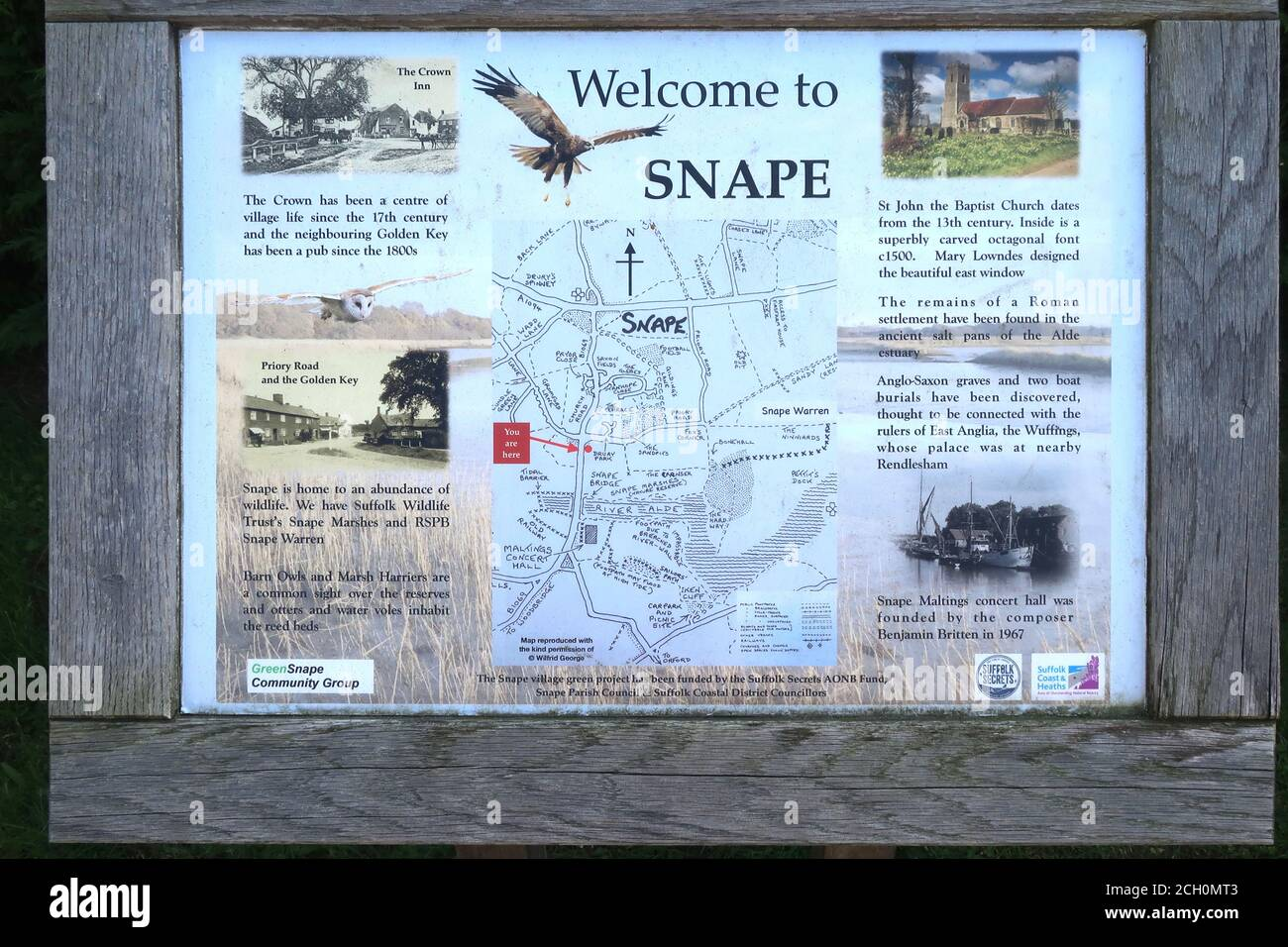 Snape, Suffolk, UK - 13 September 2020: Sunny Sunday autumn afternoon by the River Alde at Snape. Information board and map. Stock Photo