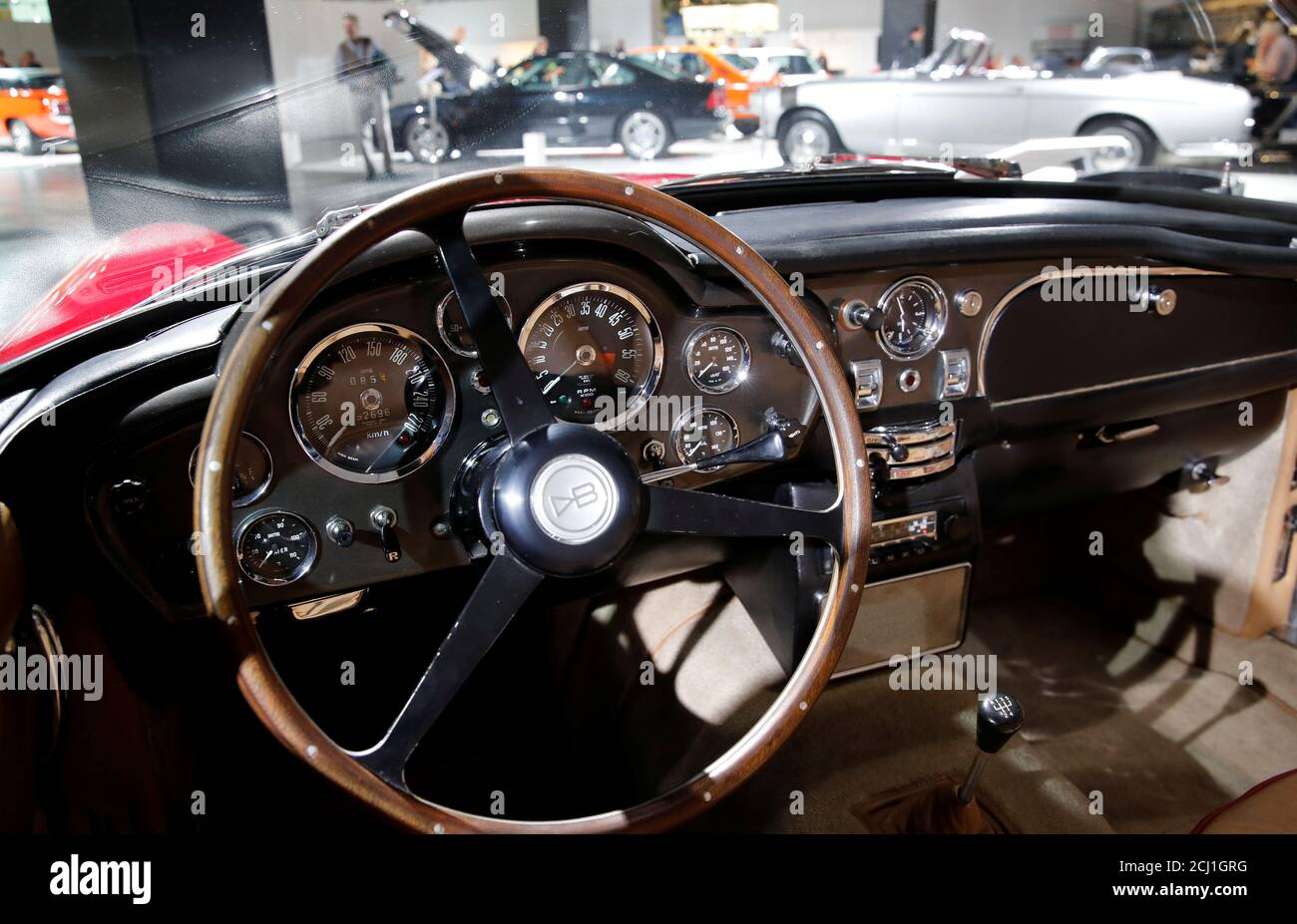 Aston Martin Dashboard High Resolution Stock Photography And Images Alamy