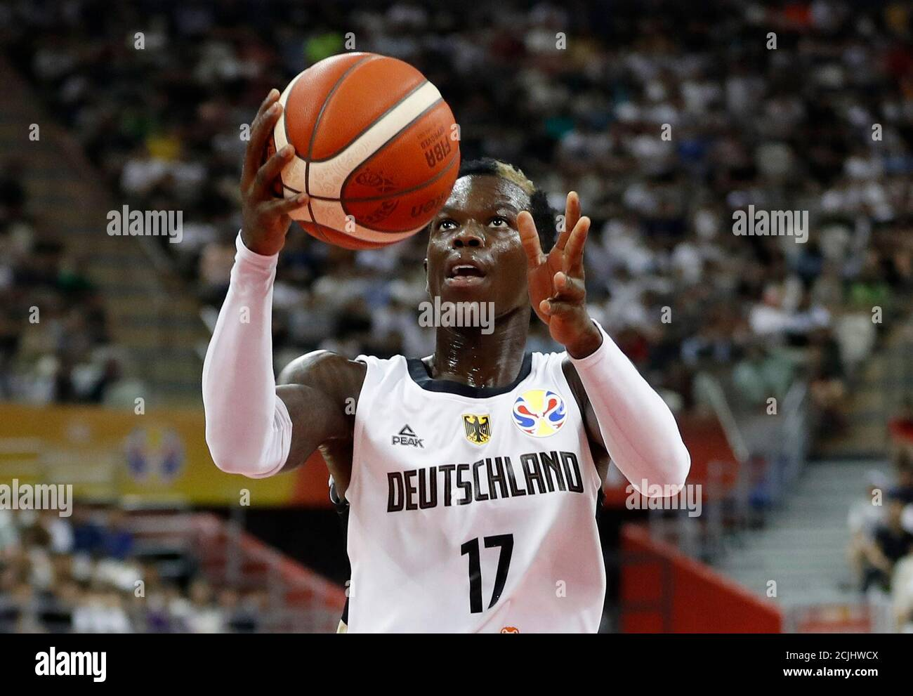 Page 2 Dennis Schroder High Resolution Stock Photography And Images Alamy