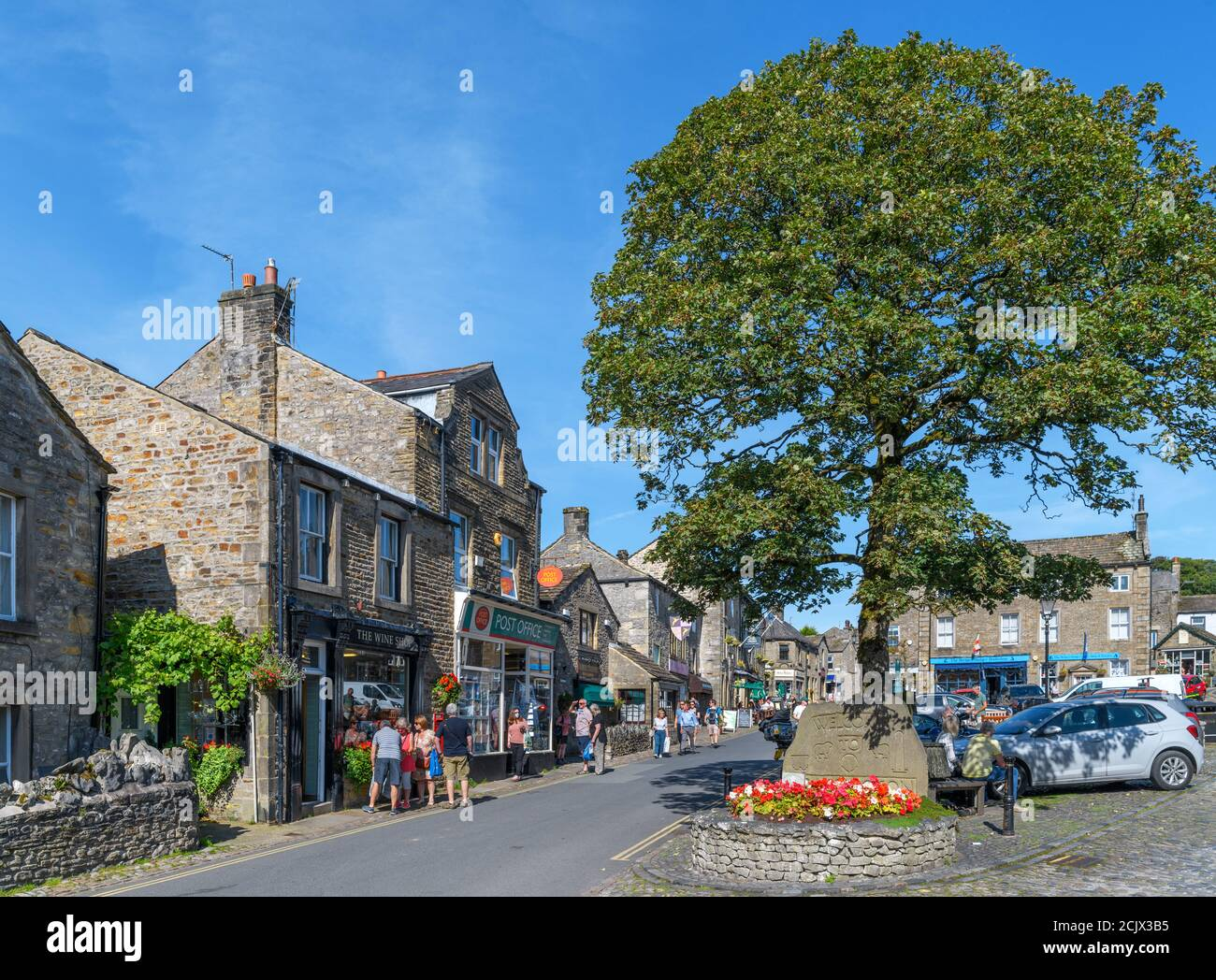 The Square and Main Street in the traditional English village of Grassington, Yorkshire Dales National Park, North Yorkshire, England, UK. Stock Photo