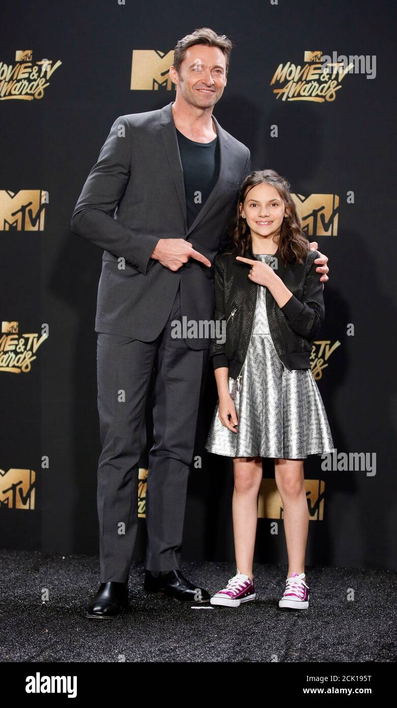 Keen dafne 'Logan' Star
