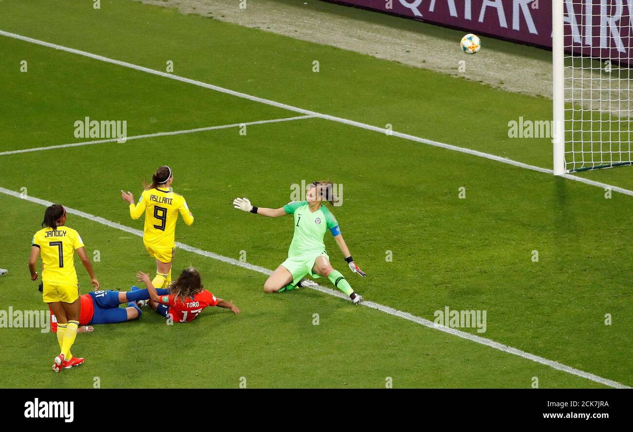 Soccer Football Women S World Cup Group F Chile V Sweden Roazhon Park Rennes France June 11 2019 Sweden S Kosovare Asllani Scores Their First Goal Reuters Gonzalo Fuentes Stock Photo Alamy