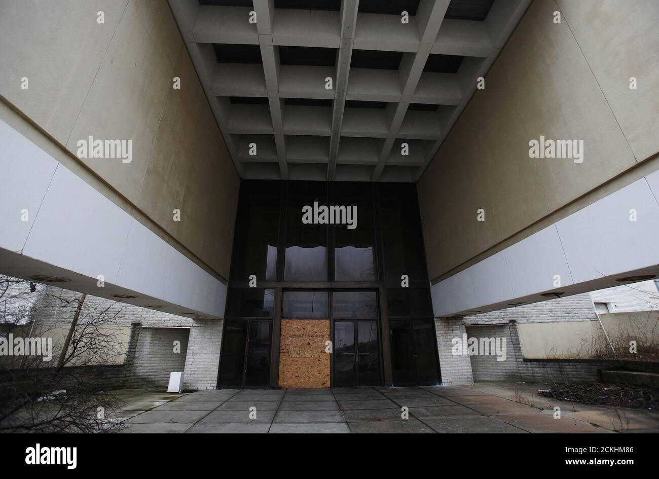 cleveland ohio suburb high resolution stock photography and images alamy https www alamy com the entrance to the randall park mall is seen boarded up in the north randall suburb of cleveland ohio march 1 2012 the mall that was once one of the largest in the country closed its door in march of 2009 reutersshannon stapleton united states tags business society image373485286 html