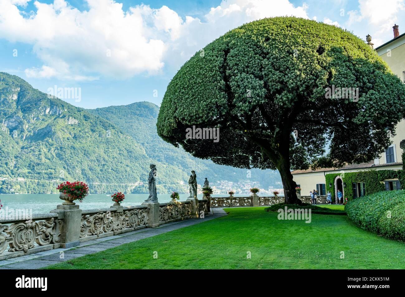 Italy. Lombardy. Lake Como. Around the village of Leno. The Balbianello villa on the Lavedo peninsula. The gardens Stock Photo