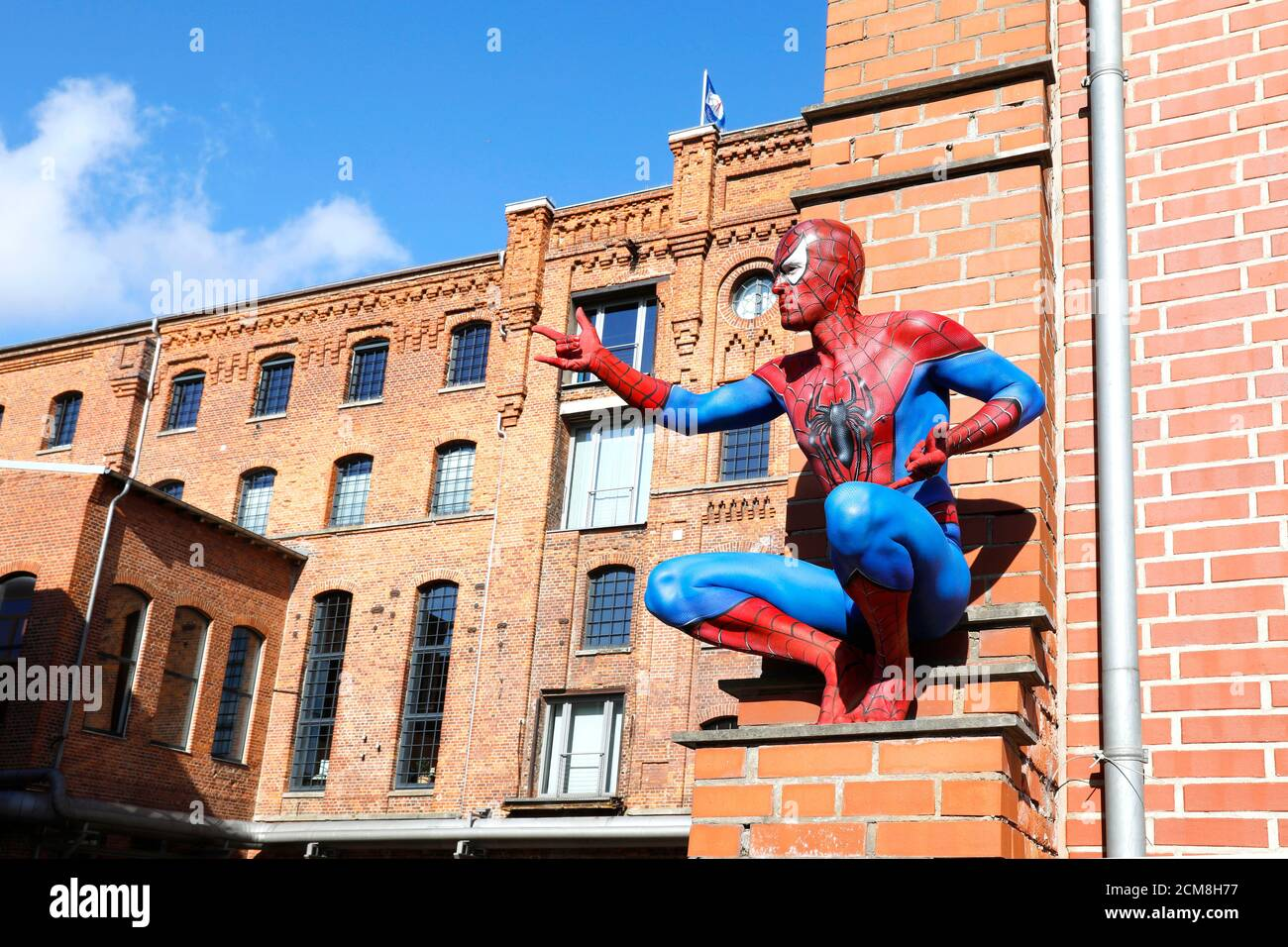 GEEK ART - Bodypainting and Transformaking: Spider-Man photoshooting with Patrick Kiel at the Hefehof in Hamelin on September 15, 2020 - A project by the photographer Tschiponnique Skupin and the bodypainter Enrico Lein Stock Photo