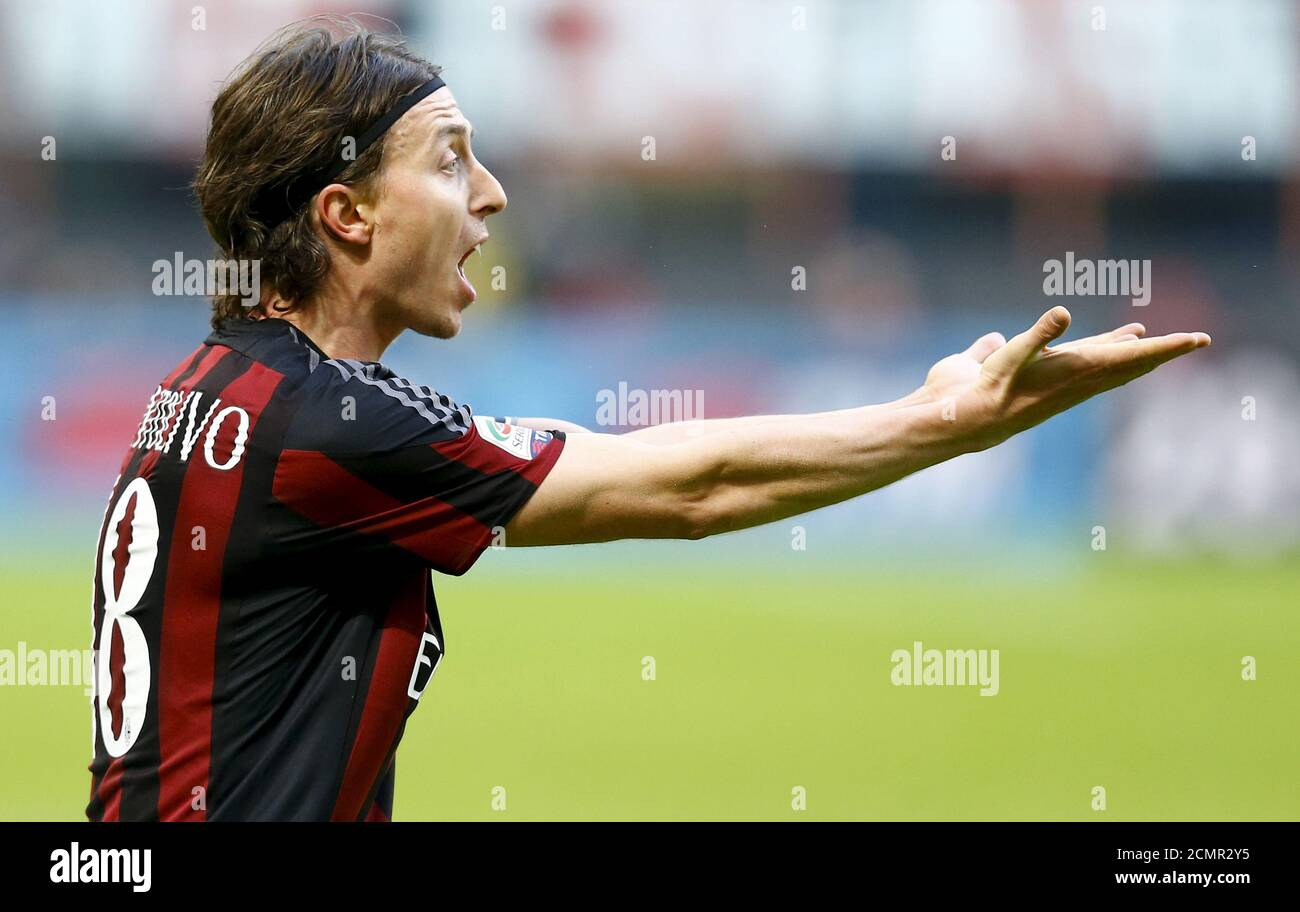 Riccardo Montolivo High Resolution Stock Photography and Images ...