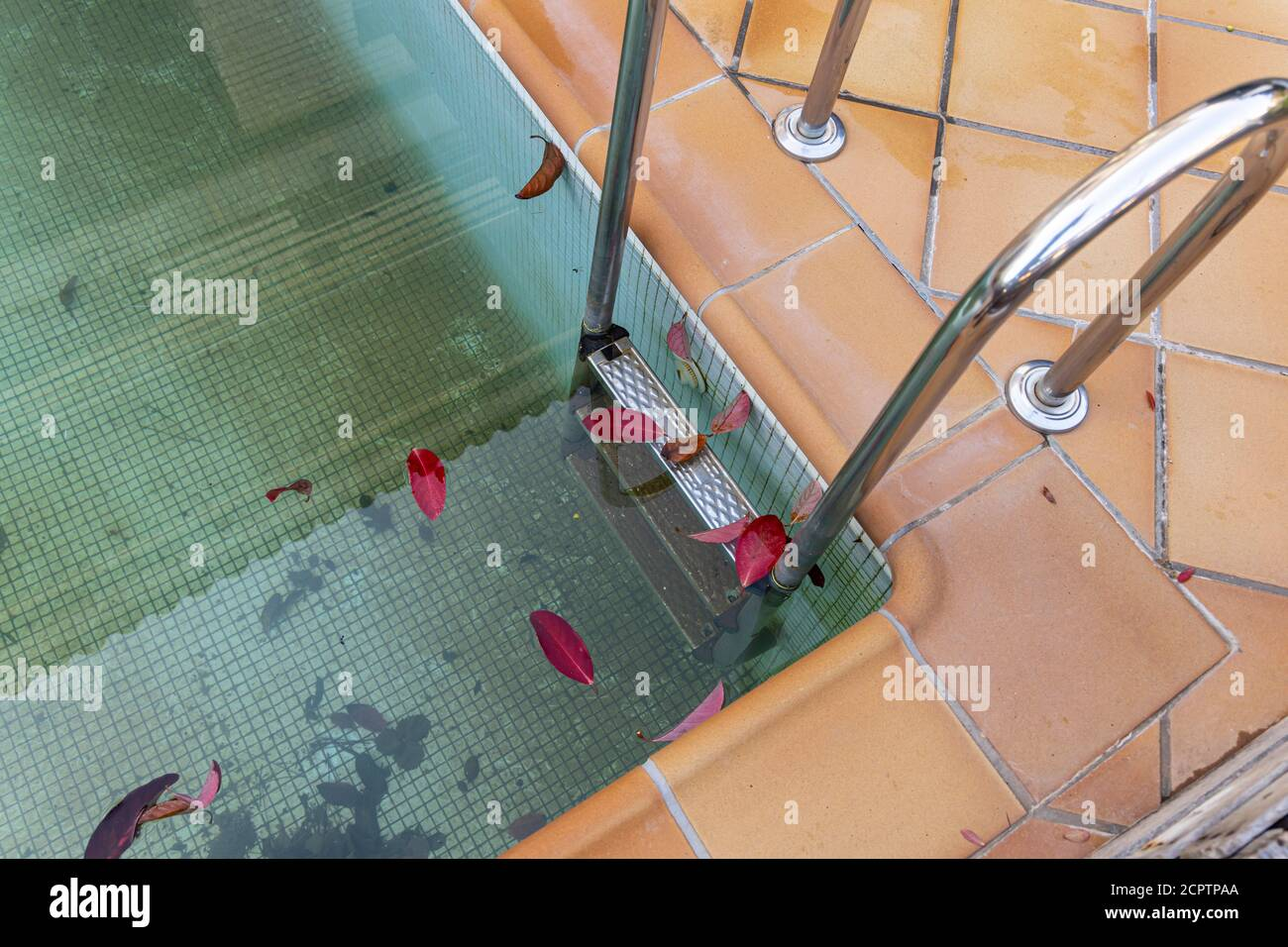 Swimming Pool In Winter High Resolution Stock Photography And Images Alamy