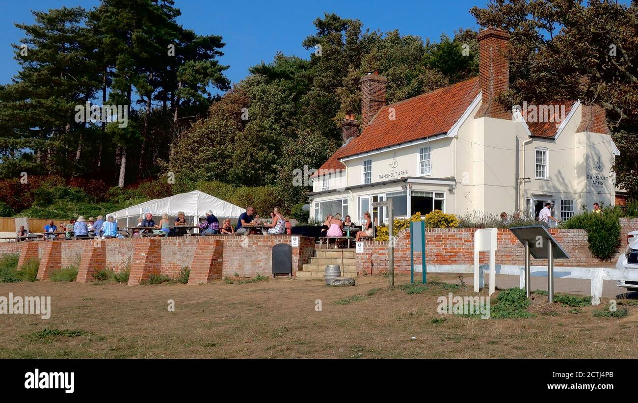 Ramsholt, Suffolk, UK - 22 September 2020: Bright autumn afternoon at the Ramsholt Arms by the River Deben in this remote part of East Anglia. Stock Photo