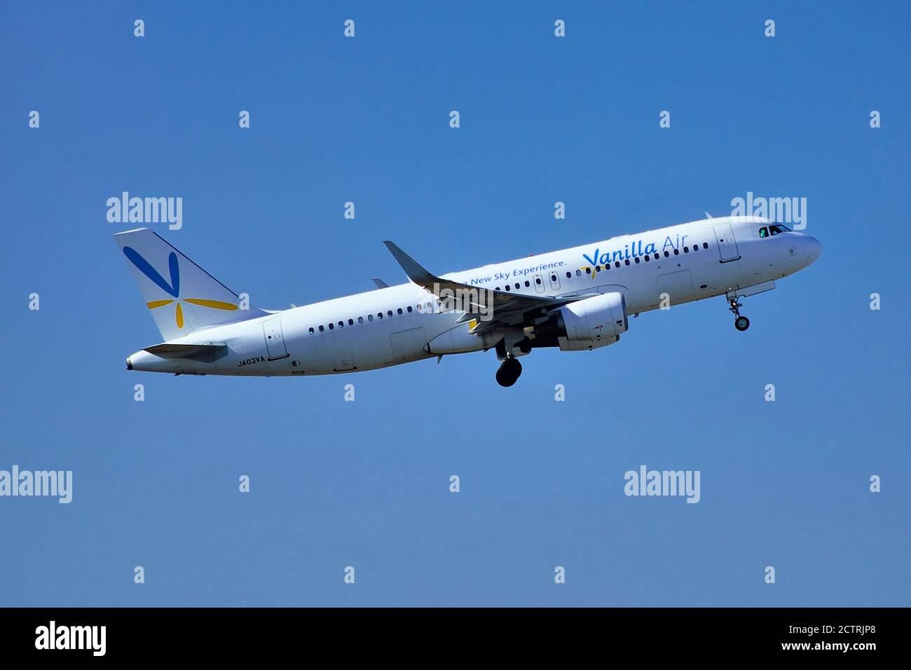 Vanilla Air, Airbus, A320, JA03VA, Take Off,, Narita Airport, Chiba, Japan Stock Photo