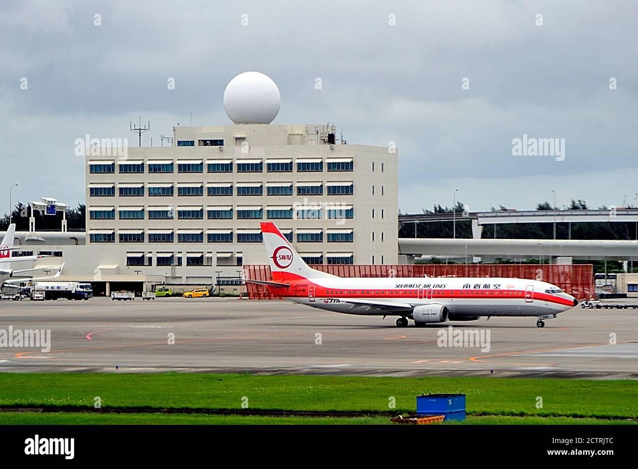 Japan Transocean Air, JTA, Boeing, B-737/400, JA8999, Southwest Air Lines Livery, Naha Airport, Okinawa, Ryukyu Islands, Japan Stock Photo