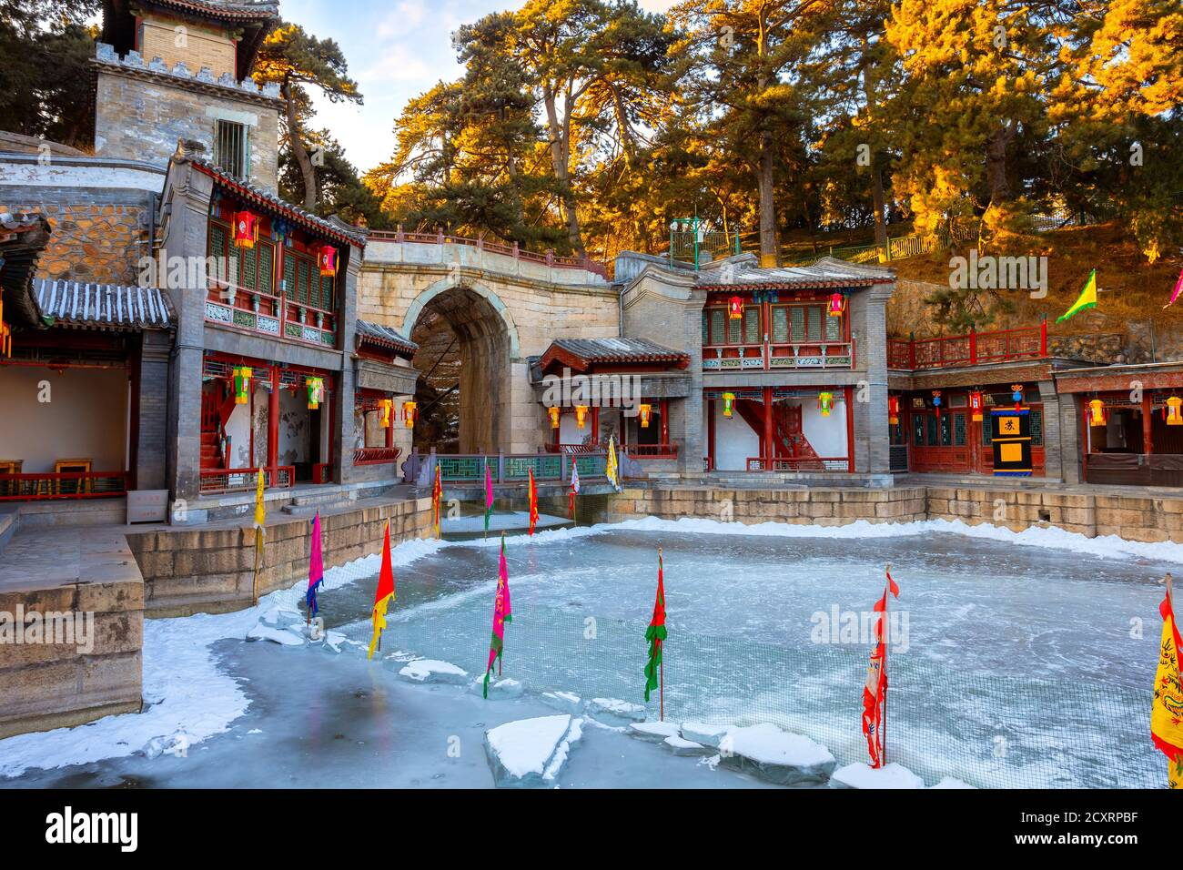 Beijing, China - Jan 13 2020: Suzhuo Market Street at the Beijing  Summer Palace, design imitates the ancient style of shops on the banks of rivers in Stock Photo