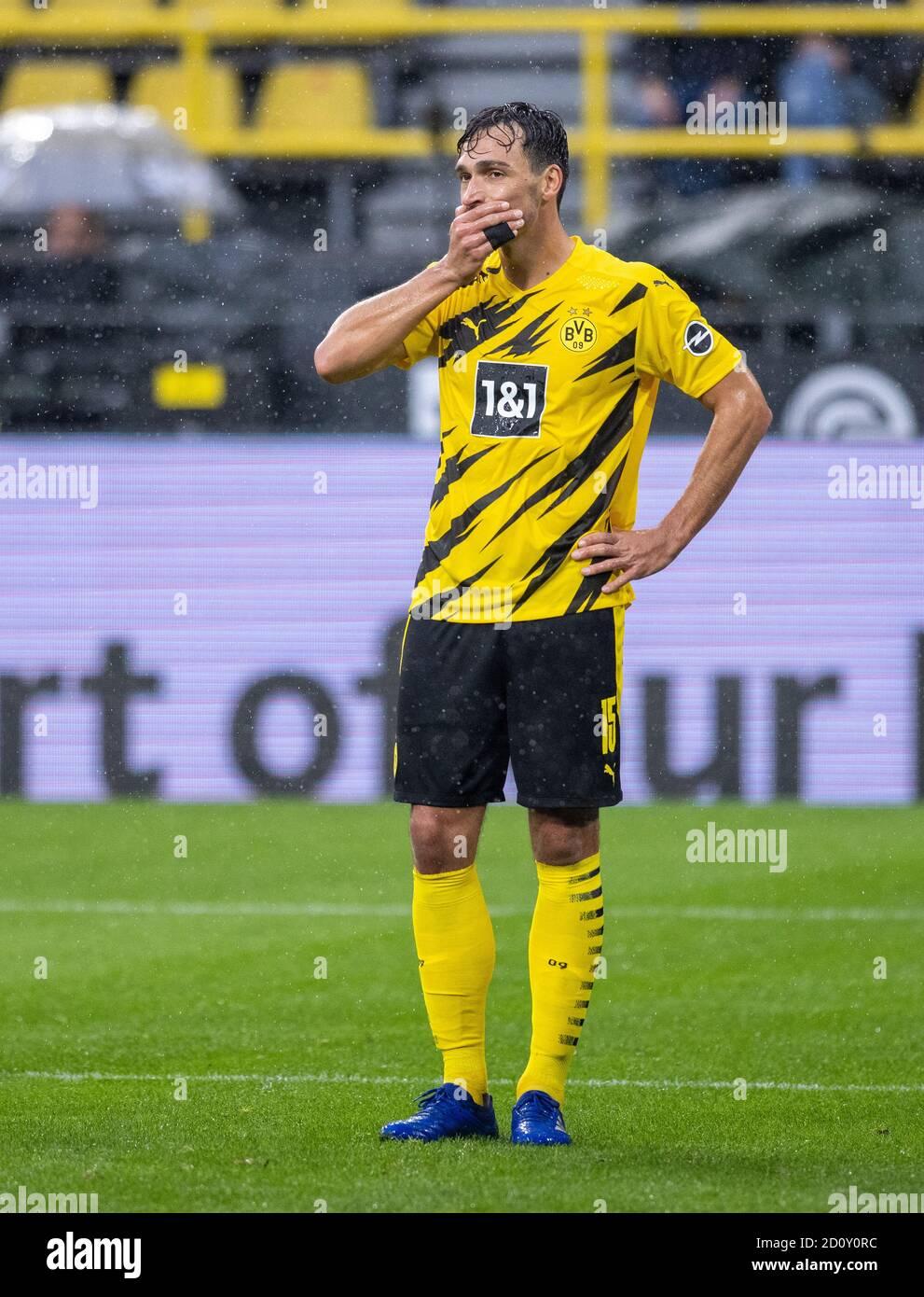 Mats Hummels (BVB) enttäuscht Borussia Dortmund - SC Freiburg 03.10.2020, Fussball, 1. Bundesliga, Saison 2020/21  Foto: Moritz Müller Only for Editor Stock Photo