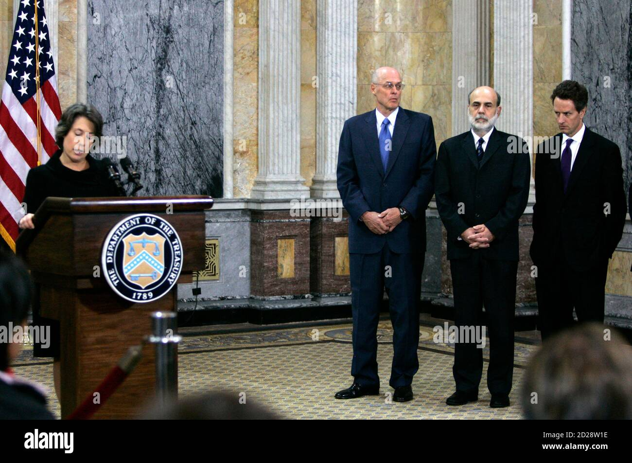 New York Federal Reserve President Timothy Geithner (R) looks on as FDIC Chairman Sheila Bair speaks during a news conference with U.S. Treasury Secretary Henry Paulson (3rd R) and Federal Reserve Chairman Ben Bernanke (2nd-R) in attendance at the Treasury Department Cash Room in Washington, October 14, 2008. Geithner is expected to be nominated to the post of U.S. Treasury secretary in the administration of U.S. President-elect Barack Obama, NBC News reported on November 21, 2008.        REUTERS/Hyungwon Kang/Files          (UNITED STATES) Stock Photo