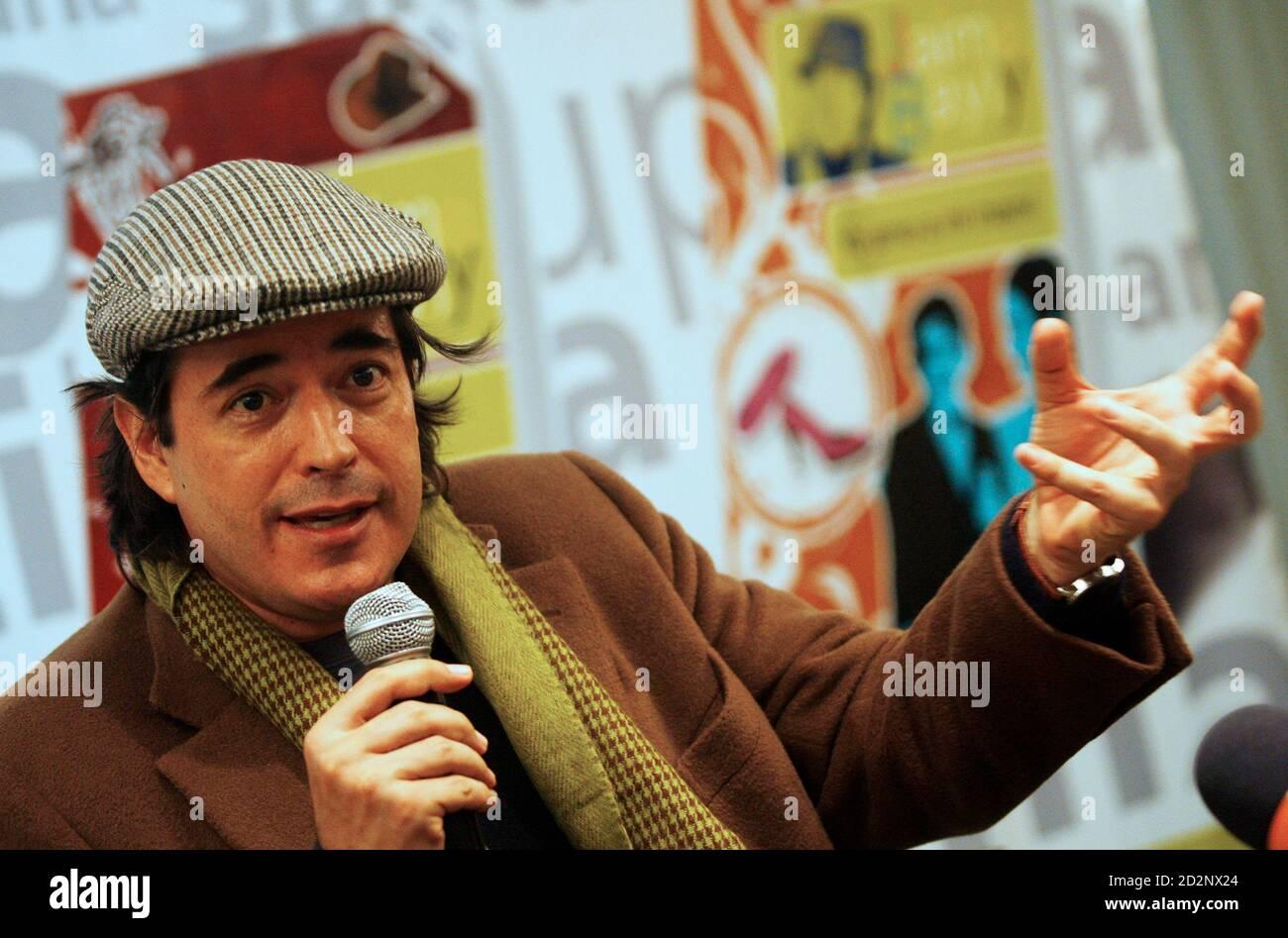 Peruvian Novelist And Tv Talkshow Host Jaime Bayly Speaks During A News Conference In Lima S Country La credibilidad está por encima, confesó la vidente favorita de jaime bayly. alamy