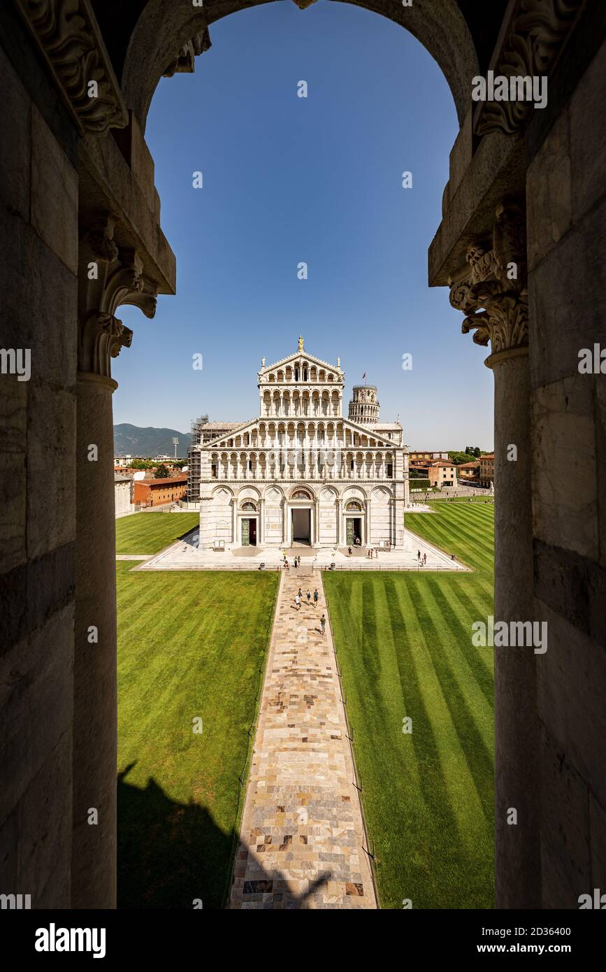 Pisa, Cathedral (Duomo di Santa Maria Assunta) and Leaning Tower. Piazza dei Miracoli (Square of Miracles). Tuscany, Italy, Europe Stock Photo