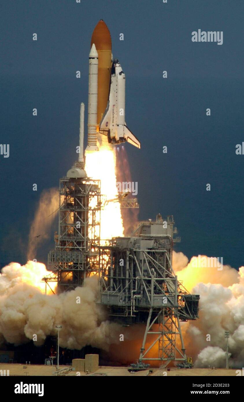 """2001 NASA ENDEAVOUR STS-100 SPACE SHUTTLE LIFTS OFF POSTER PRINT 8/"""" X 10/"""""""
