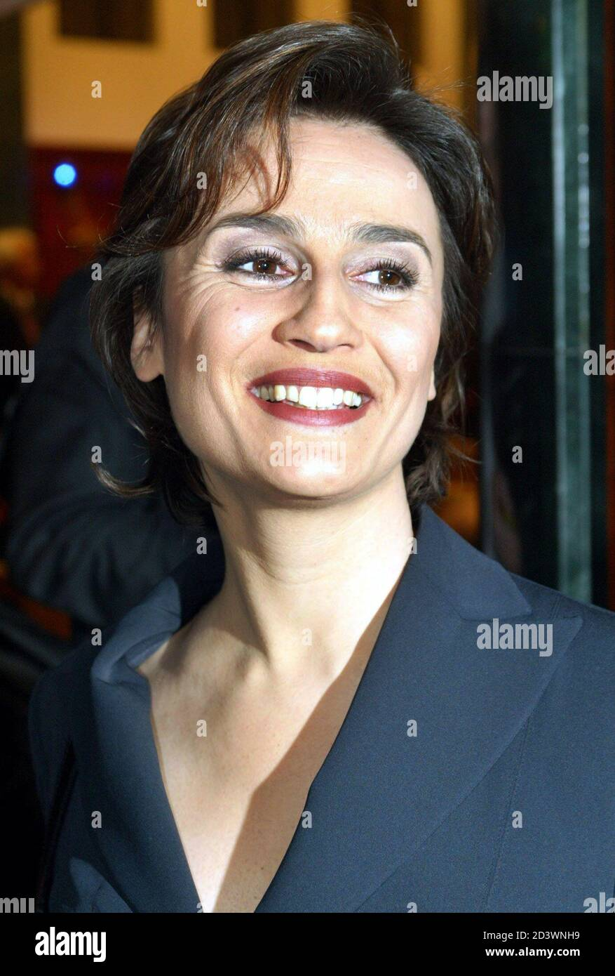 Sandra Maischberger, German television presenter of NTV broadcasting station smiles during a reception in the German capital Berlin January 20, 2003.  [Maischberger attended a celebration for the 65th birthday of Paul Spiegel, president of the German Jew Council.] Stock Photo
