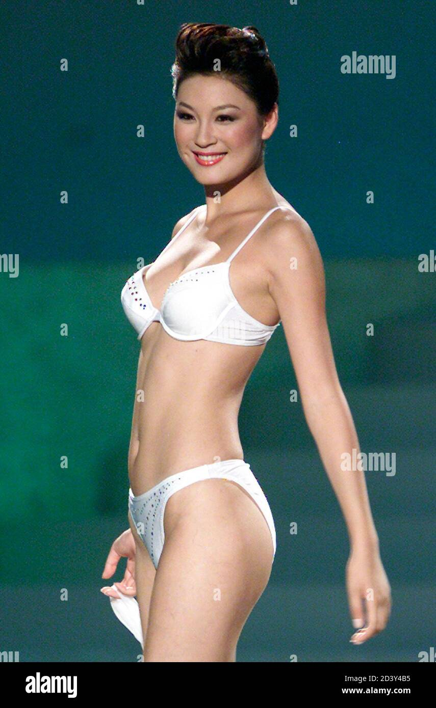 Miss Universe 2002 High Resolution Stock Photography And Images Alamy