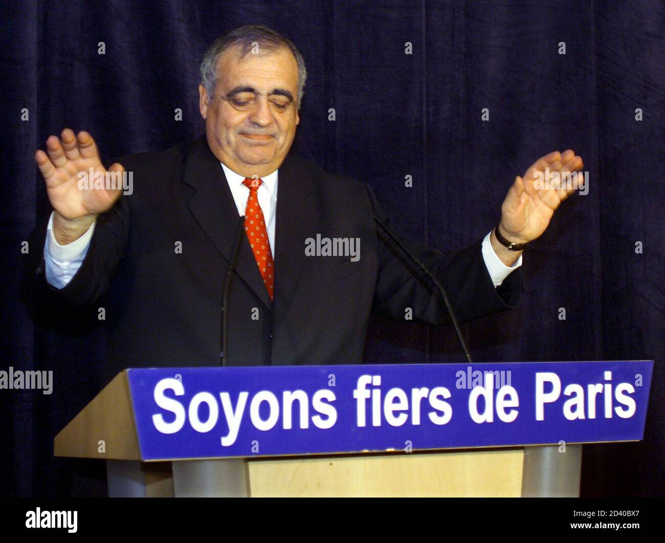 Defeated rightist party Rally for the Republic (RPR) candidate in the Paris Mayoral election Philippe Seguin delivering his speech after the results of the election in Paris March 18, 2001. Seguin lost the election to his socialist opponent Bertrand Delanoe.  PW/CLH/ Stock Photo