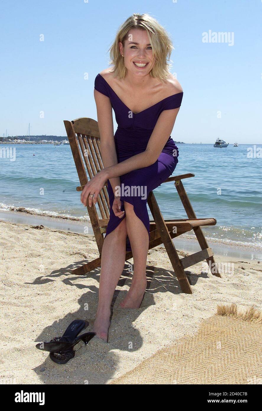 Rebecca romijn beach