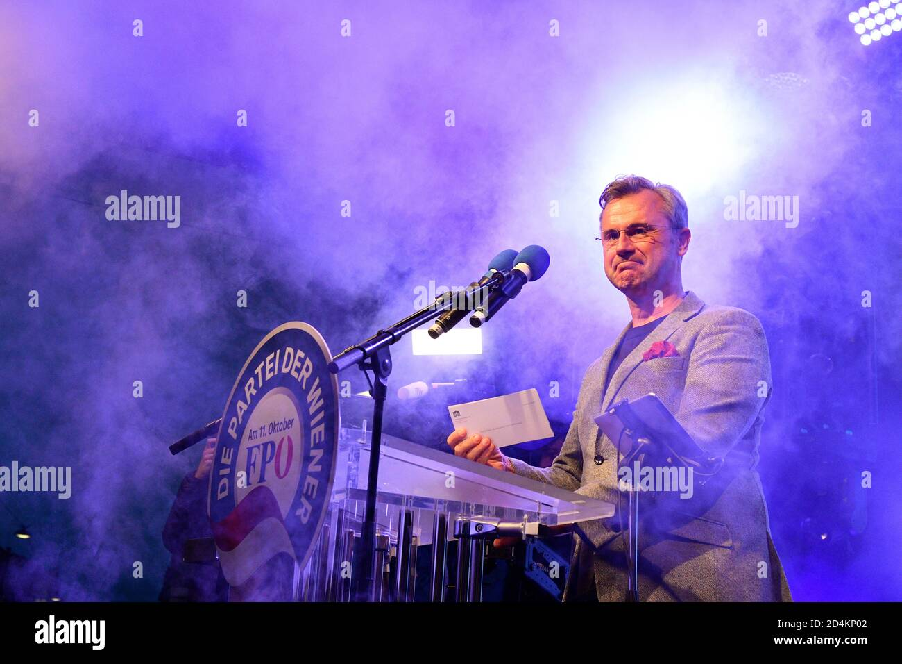 Vienna, Austria. 09th Oct, 2020. Final election campaign of the FPÖ (Freedom Party Austria) for the mayoral electio ns on October 11, 2020. Picture shows Federal Party Chairman of the FPÖ, Norbert Hofer. Credit: Franz Perc / Alamy Live News Stock Photo