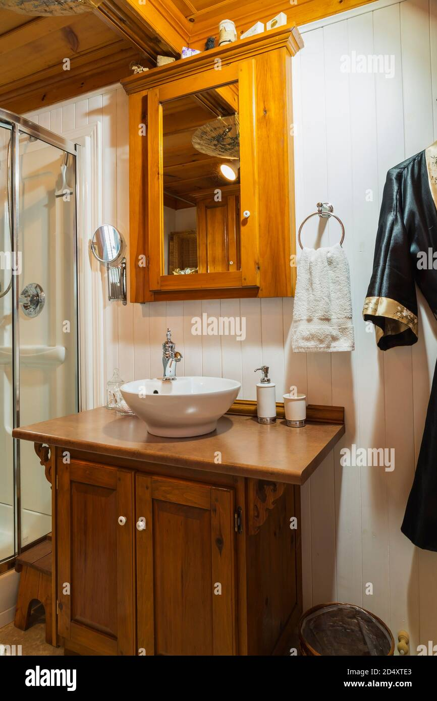 Pine Wood Medicine Cabinet And Vanity With Bowl Sink In Bathroom Inside An Old Circa 1840 Canadiana Style House Stock Photo Alamy