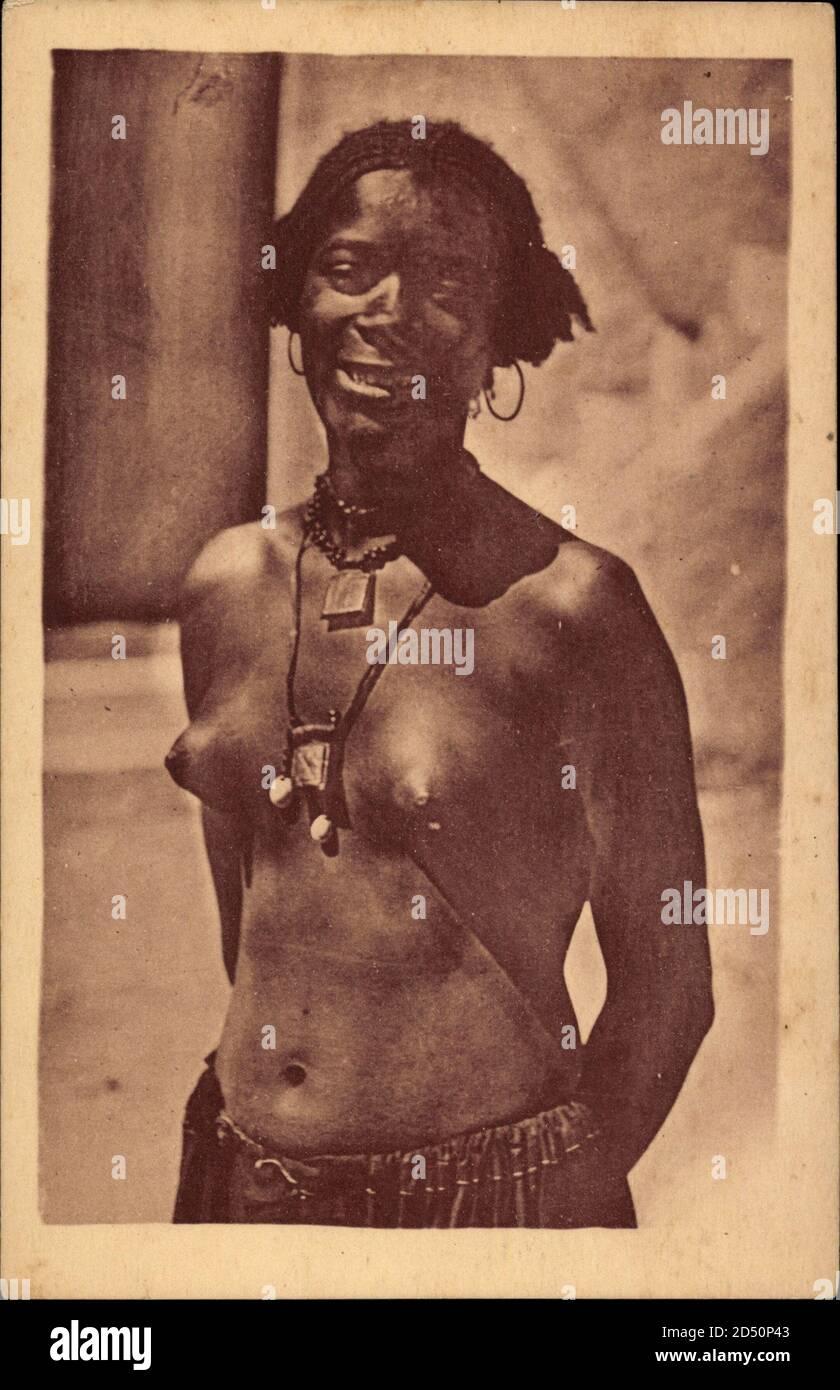 Afrikanerinnen nackte Kostenlose Bilder