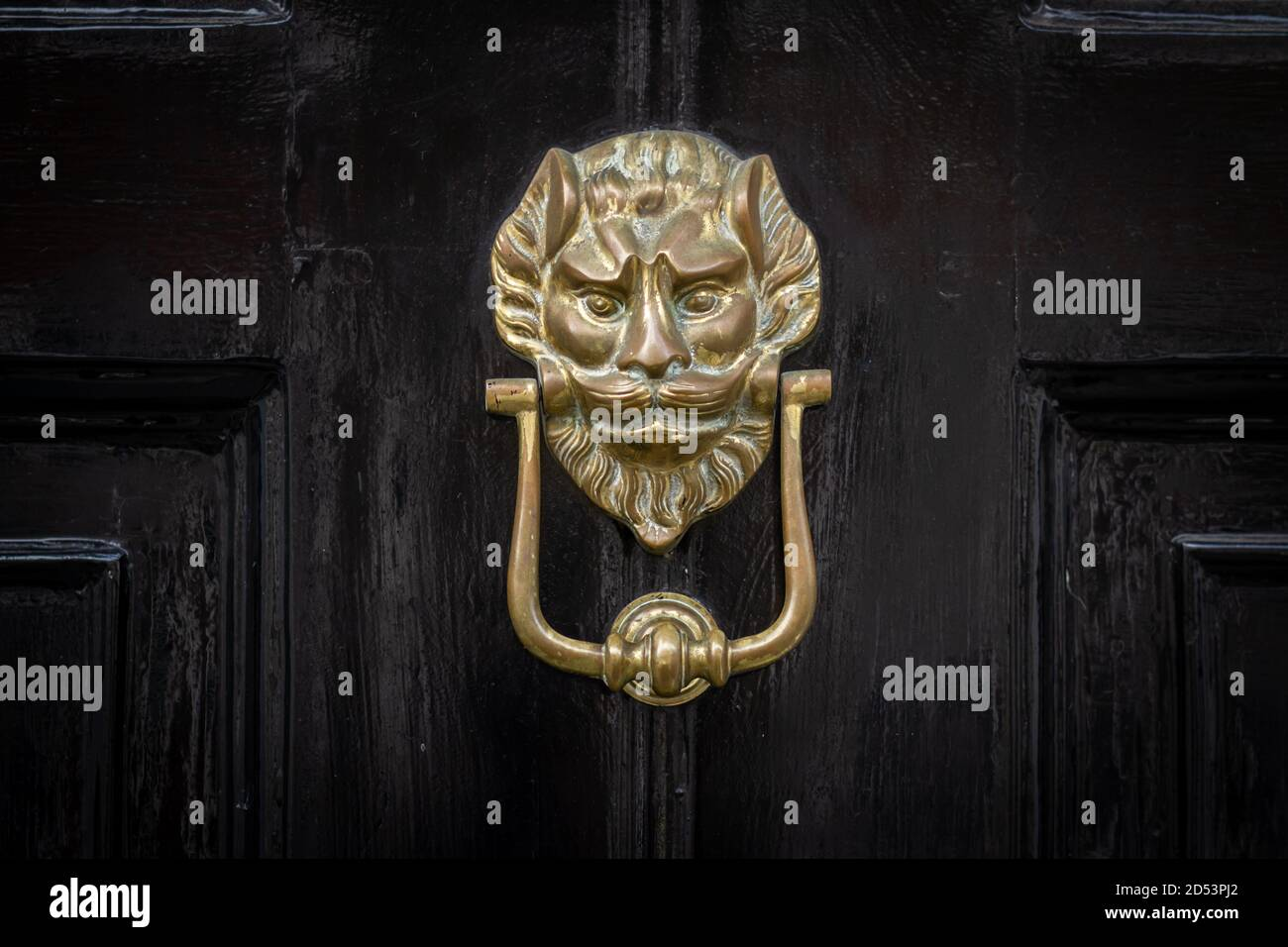 Elaborate Door Frame High Resolution Stock Photography And Images Alamy