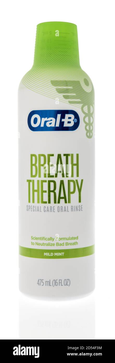 Winneconne, WI - 6 October 2020:  A bottle of Oral B breath therapy special care oral rinse mouthwash on an isolated background. Stock Photo