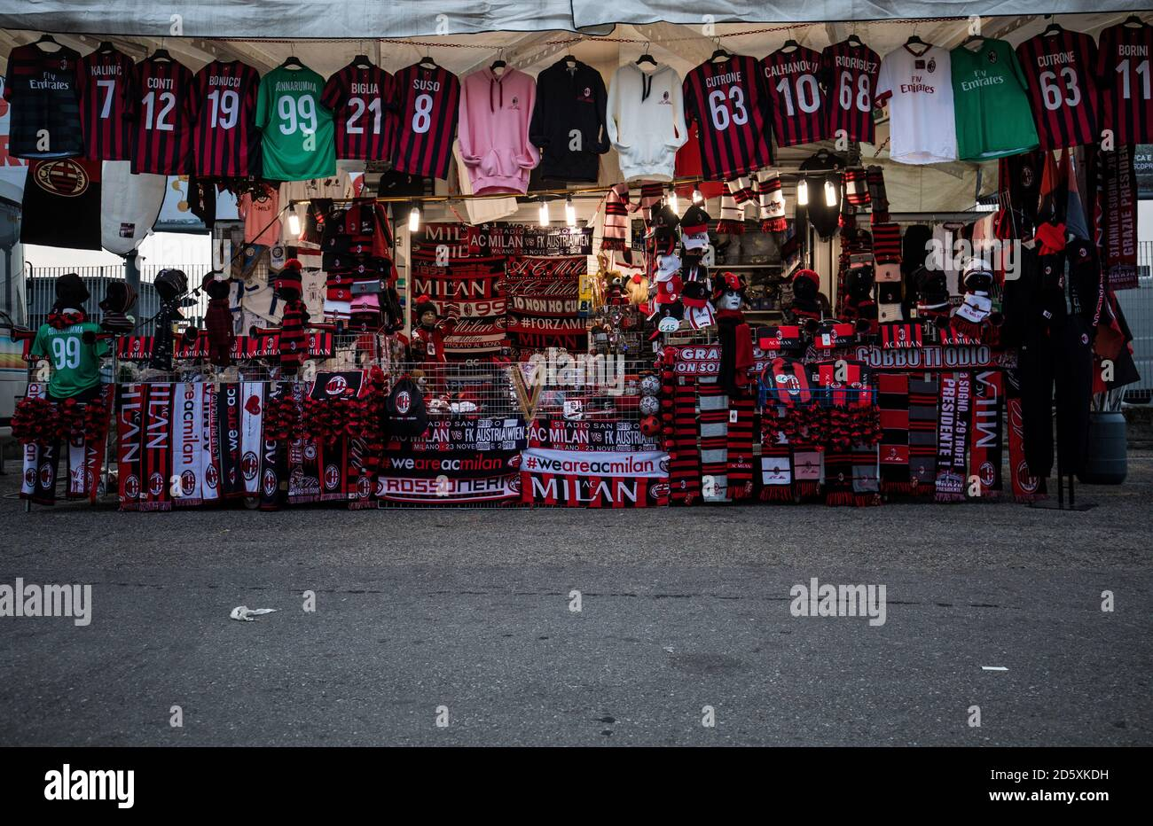 Ac Milan Shirt High Resolution Stock Photography and Images - Alamy