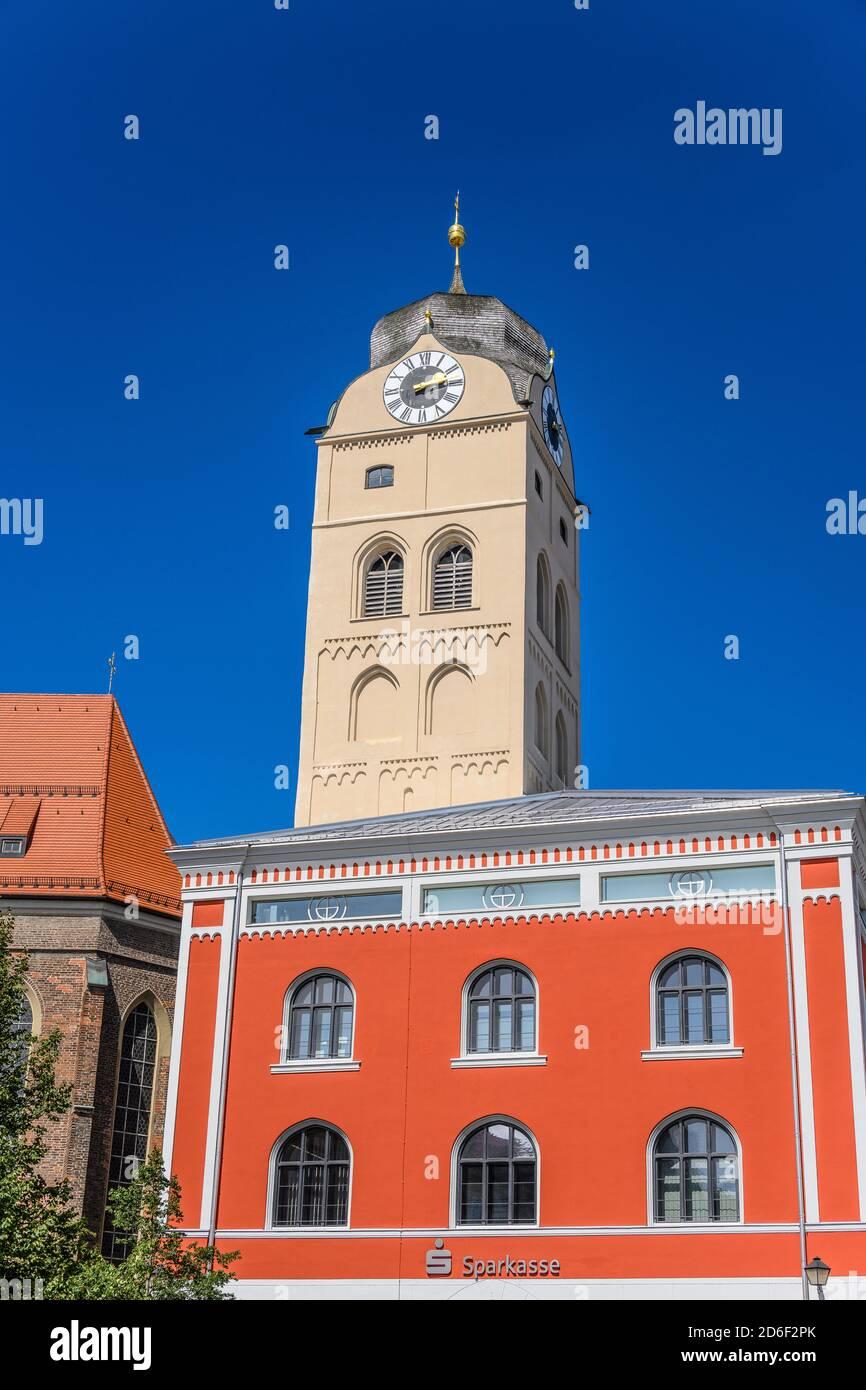 Germany, Bavaria, Upper Bavaria, Erding, Schrannenplatz, Schrannenhalle with city tower, bell tower of the city parish church St. Johann Stock Photo