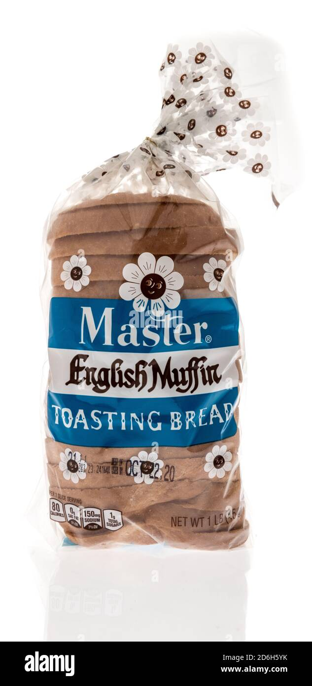 Winneconne, WI - 16 October 2020:  A package of Master English toasting bread on an isolated background. Stock Photo