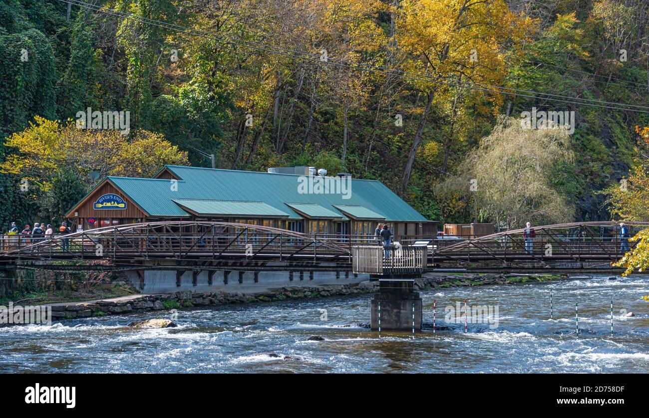 Nantahala Outdoor Center and River's End Restaurant on the Nantahala River in Nantahala Gorge near Bryson City, North Carolina. (USA) Stock Photo