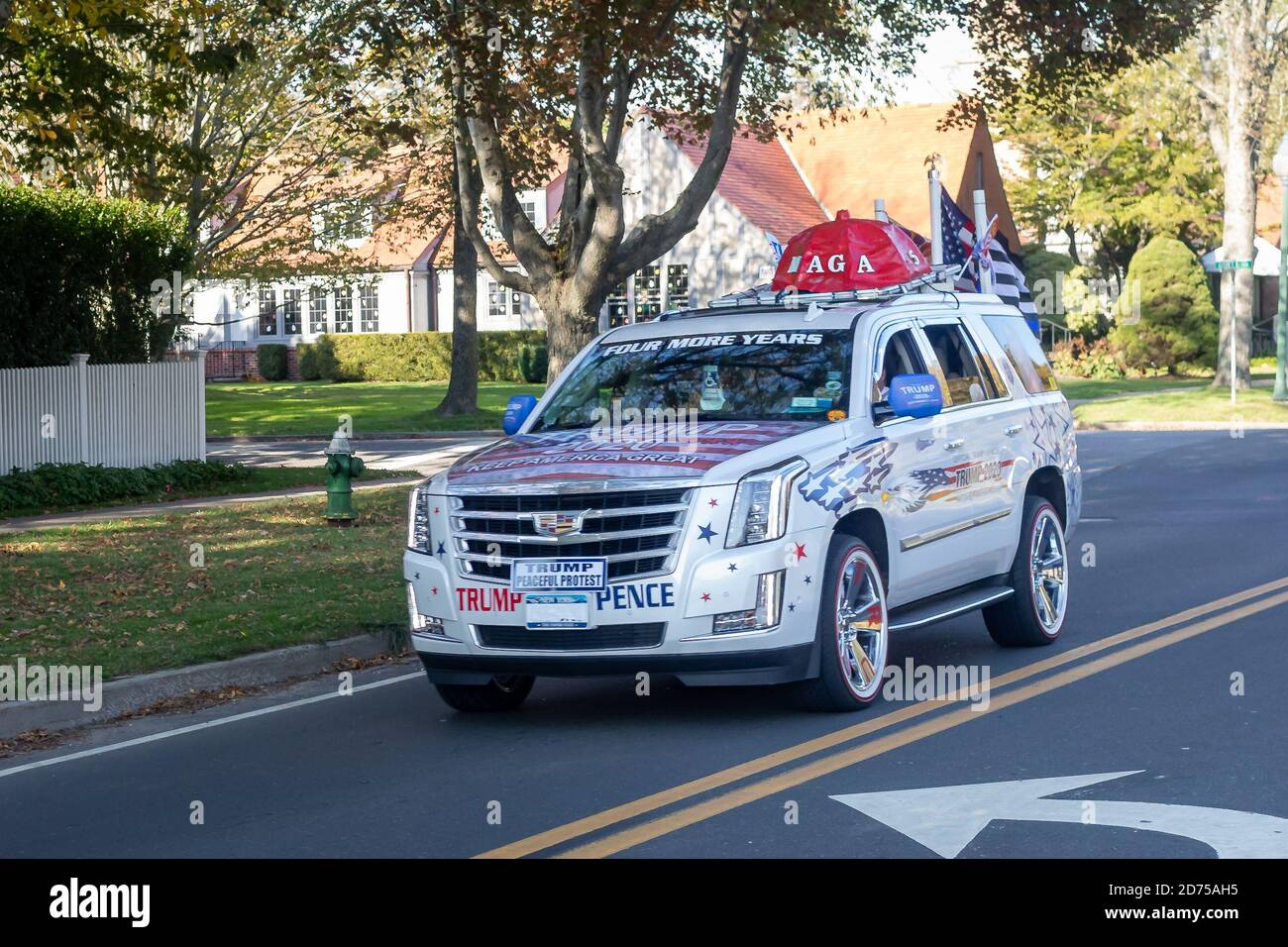 Flags, signage, and various political products reveal America's contentious allegiances leading up to the 2020 Presidential election. (Photo by Michael Nigro/Sipa USA) Credit: Sipa USA/Alamy Live News Stock Photo