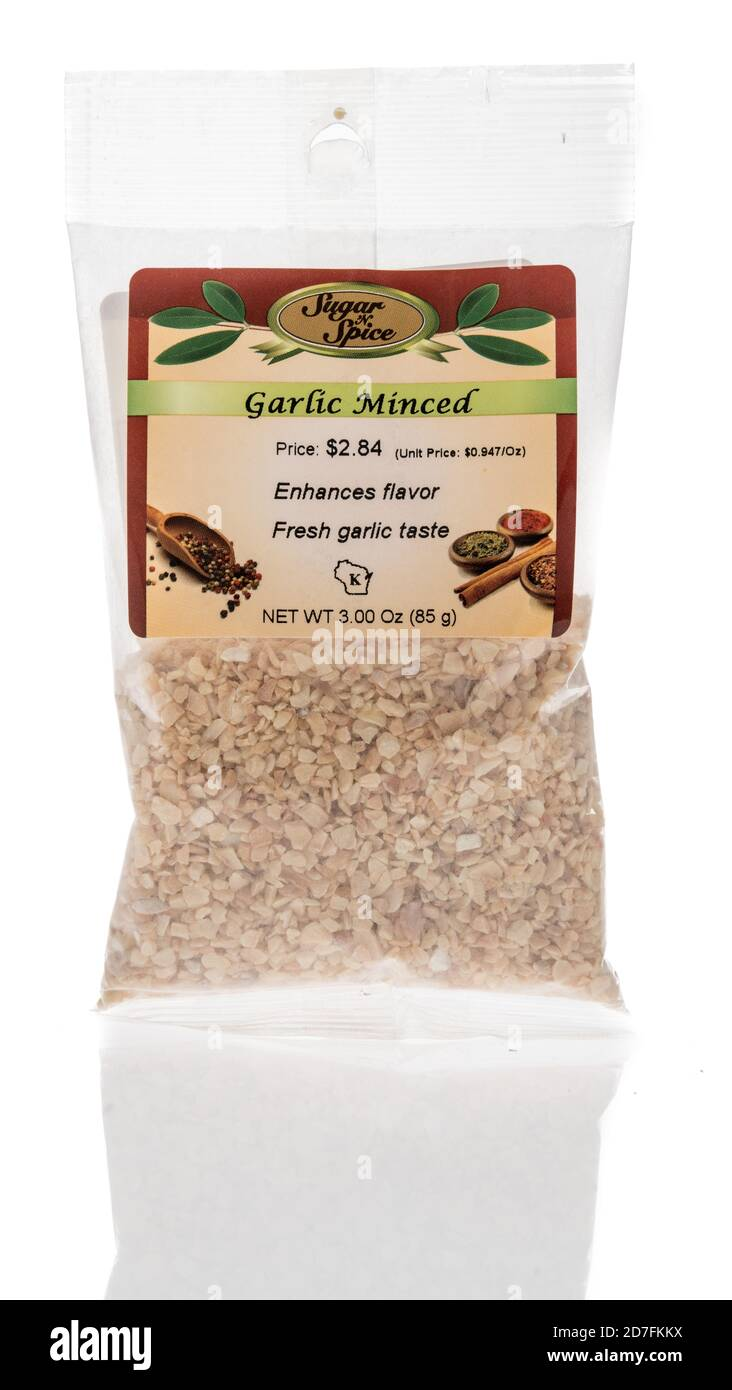 Winneconne, WI - 18 October 2020:  A package of Supar n spice minced garlic on an isolated background. Stock Photo