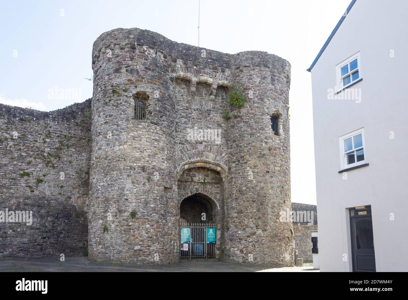 Carmarthen Castle entrance gate, Old Town Square, Carmarthen (Caerfyrddin), Carmarthenshire, Wales, United Kingdom Stock Photo