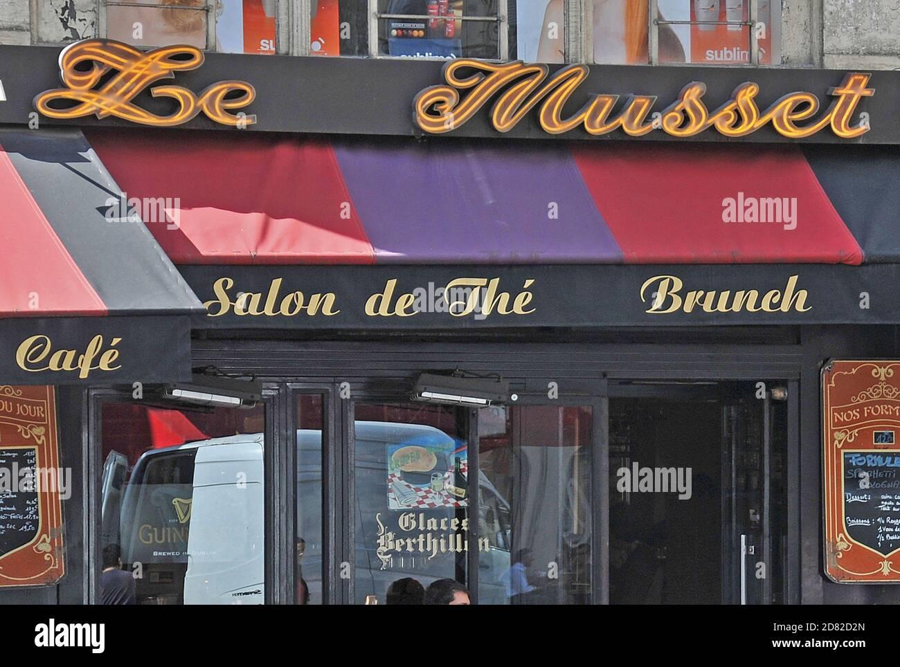 Le Musset cafe bar, rue de l'Echelle,  Paris, France Stock Photo