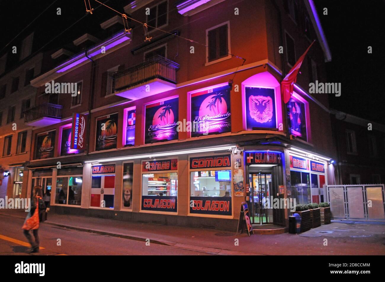 Клуб ночной октябрьский клубы сочи ночные в апреле