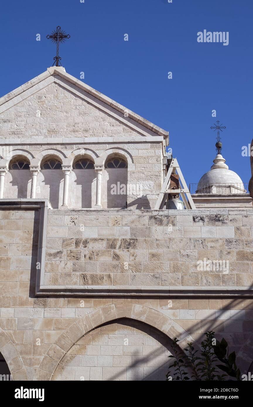 Bethlehem, בית לחם, Palestine, بيت لحم, Israel, Izrael, ישראל, Palestyna, دولة فلسطين; Church of Saint Catherine - Pediment, facade. Katharinenkirche Stock Photo