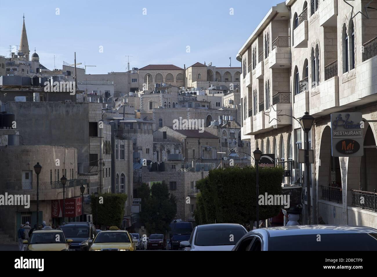 Bethlehem, בית לחם, Palestine, بيت لحم, Israel, Izrael, ישראל, Palestyna, دولة فلسطين; One of the typical streets in the city. Eine der Straßen. Stock Photo