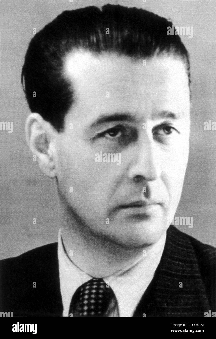 The catholic  italian hero ,  anti nazi jewish Holocaust , GIORGIO  PERLASCA ( 1910 - 1992 ), from december 1944 to january 1945 like a fake spanish Ambassador in Budapest ( Hungary ) save the life to 5218 hungarian jewish - EROE - PERSECUZIONI EBRAICHE - persecuzione ebraica - OLOCAUSTO - ebreo - ebraismo - sterminio ebraico - SECONDA GUERRA MONDIALE - WWII  --- Archivio GBB Stock Photo