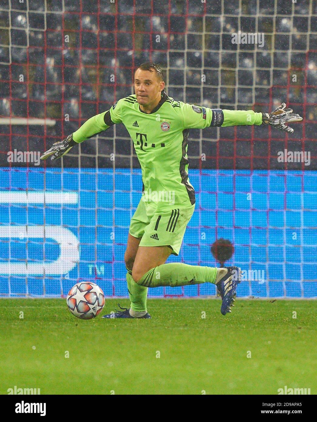 Salzburg, Austria, November 3, 2020.Manuel NEUER, goalkeeper FCB 1 ...