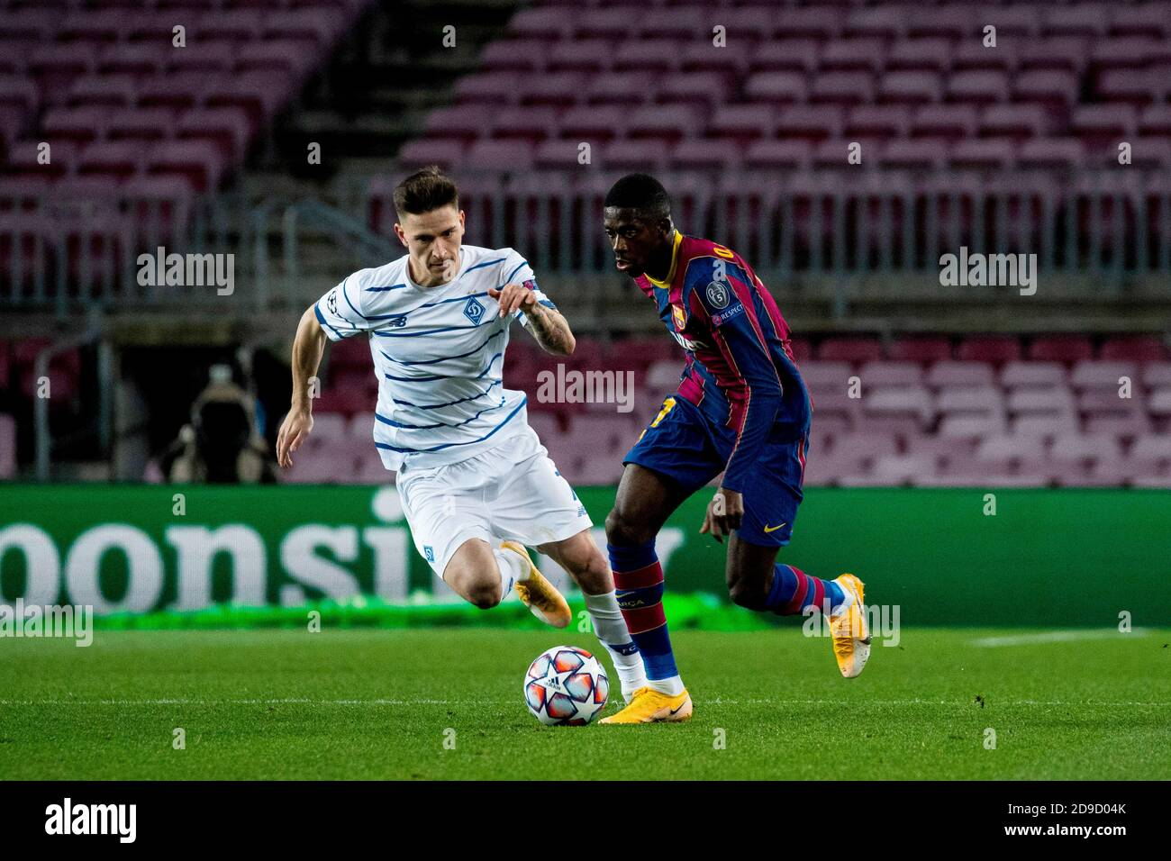 barcelona spain 4th nov 2020 barcelona s ansu fati r vies with kyiv s benjamin verbic during the alamy