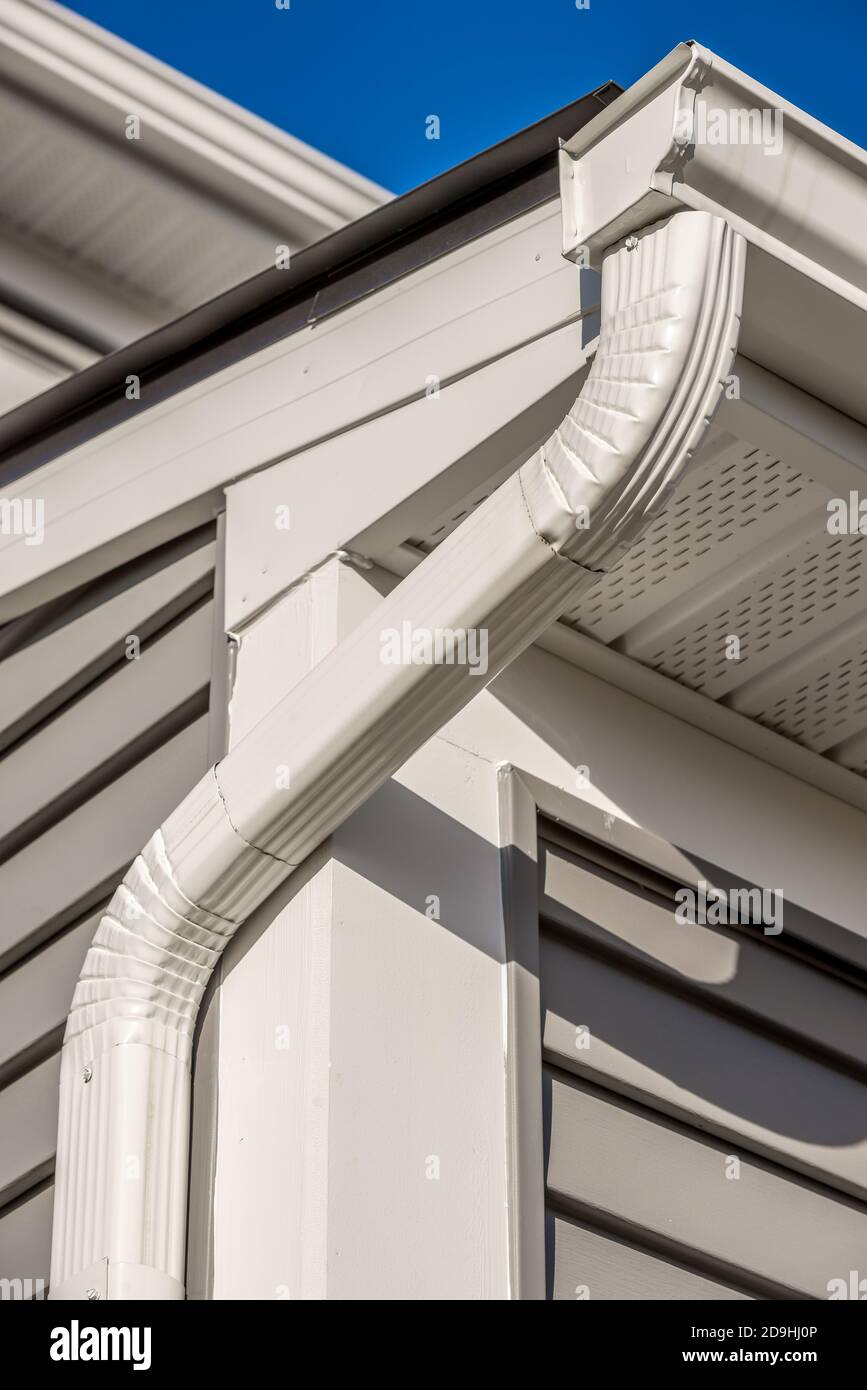 Eaves Cement Not Brick High Resolution Stock Photography And Images Alamy