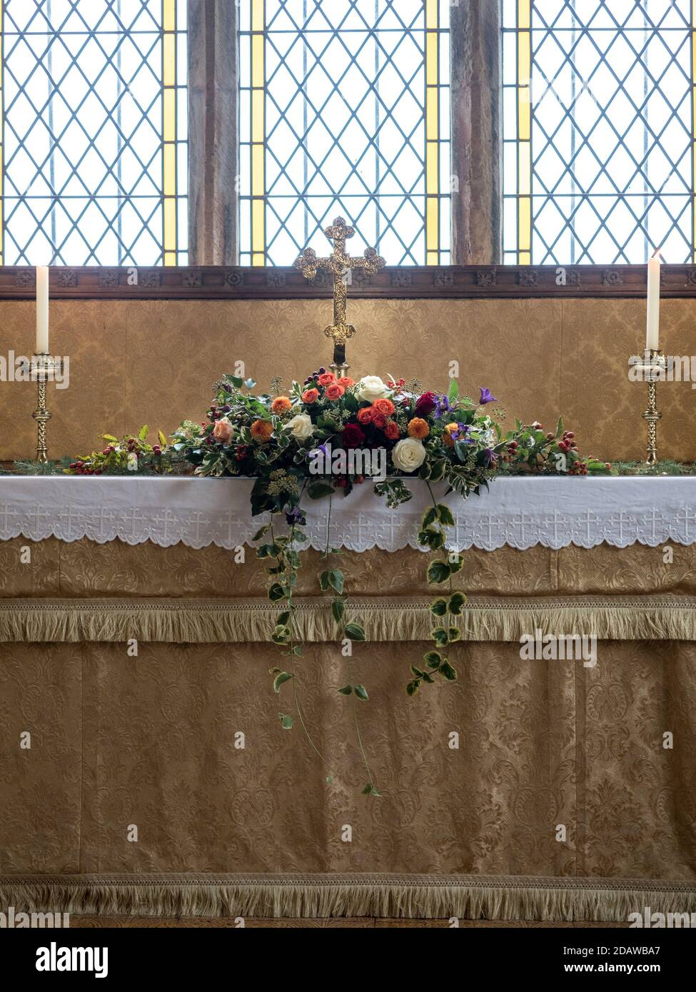 Church Light Flower Arrangement High Resolution Stock Photography And Images Alamy